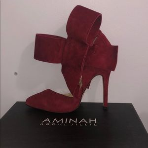 Amina Abdul Jillil original bow heels !